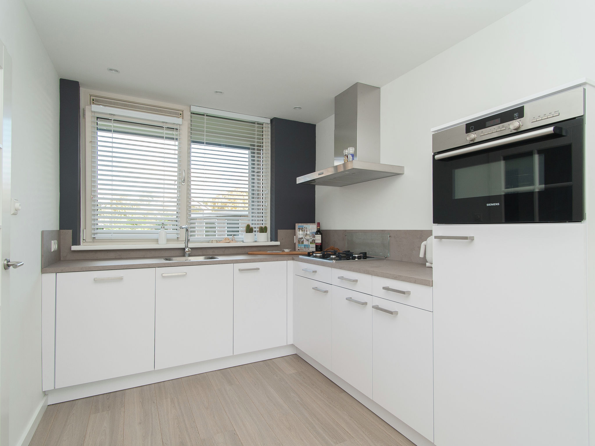 Holland | North Sea Coast North | Holiday home Bergenshofje | all year | Kitchen