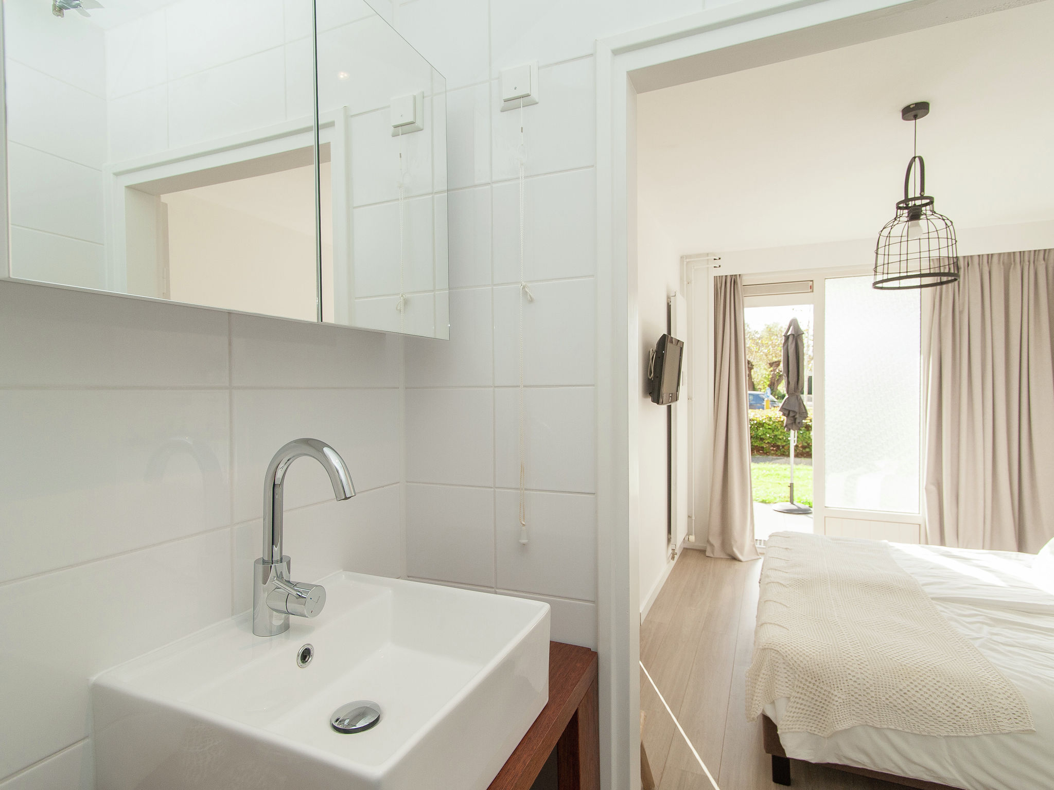 Holland | North Sea Coast North | Holiday home Bergenshofje | all year | BathRoom