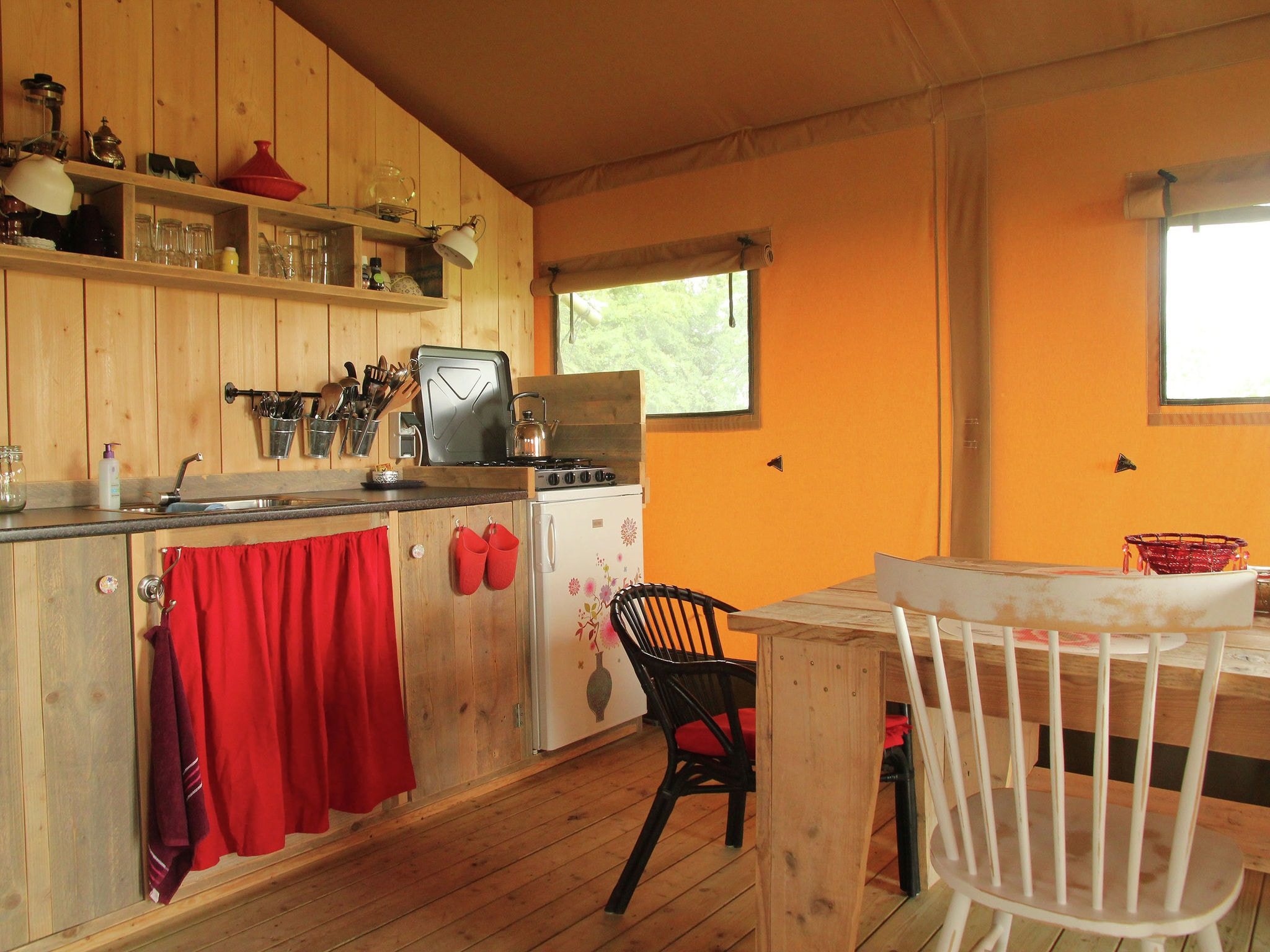 Holland | Groningen | Holiday home Groninger Lodge II | all year | Kitchen