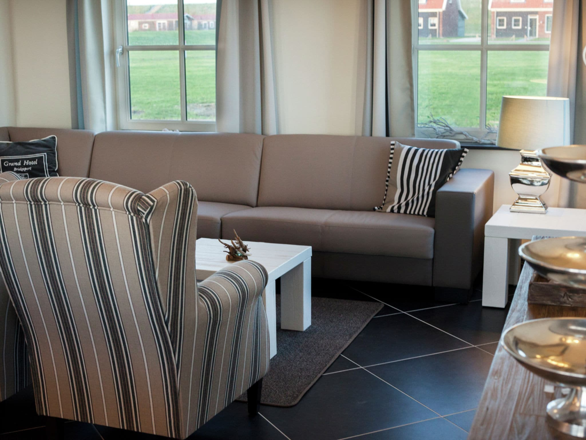 Holland | Zeeland | Holiday home Zeeuwse Pracht Kindervilla | all year | LivingRoom