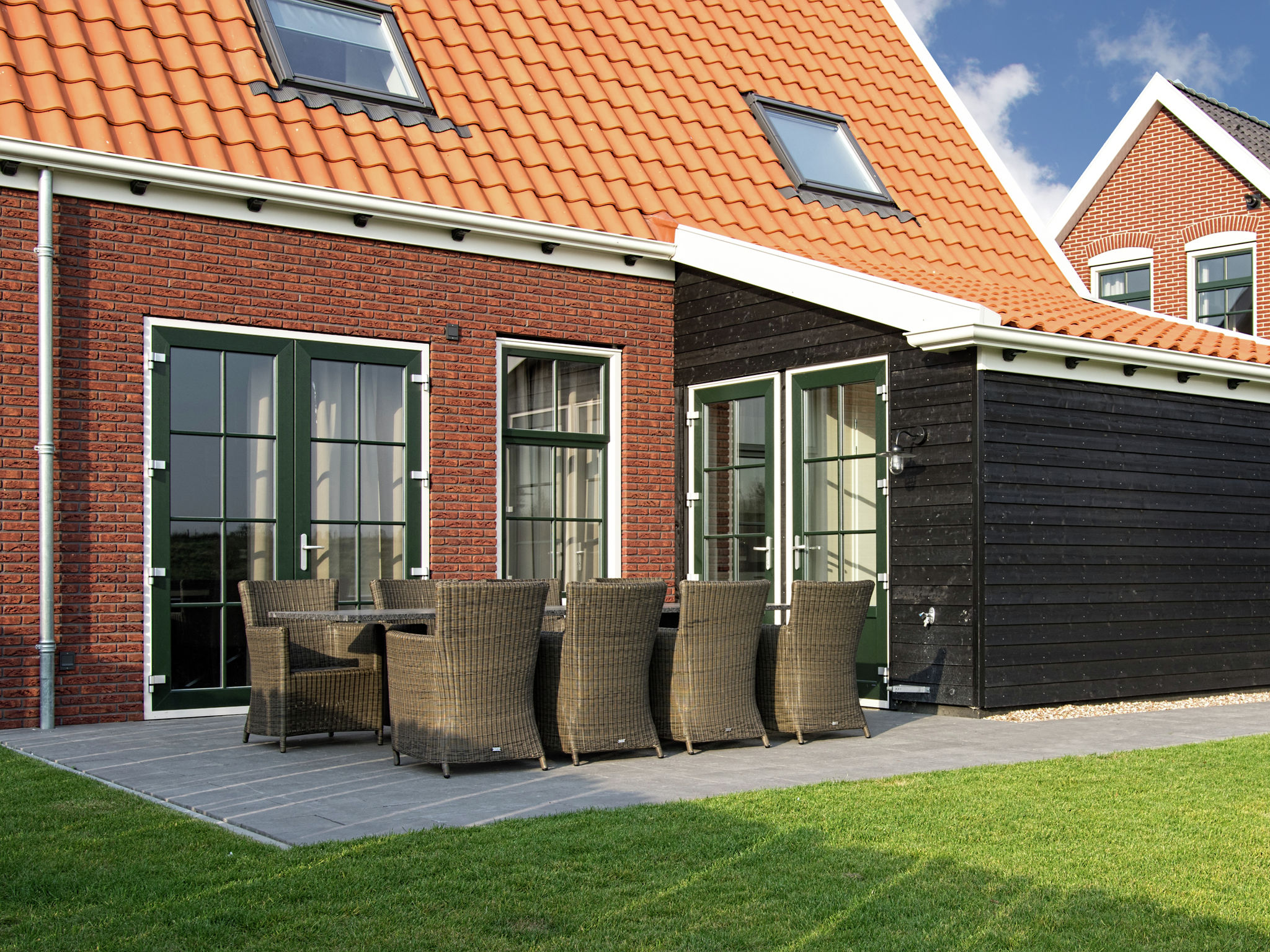 Holland | Zeeland | Holiday home Zeeuwse Pracht Kindervilla | all year | TerraceBalcony