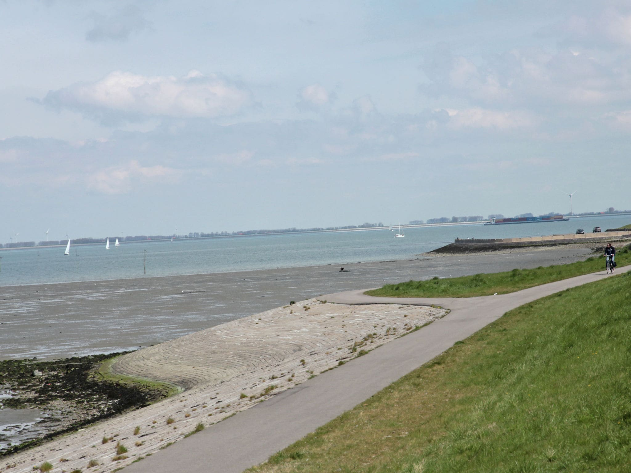Holland | Zeeland | Holiday home Charming Oosterschelde | all year | AreaSummer1KM