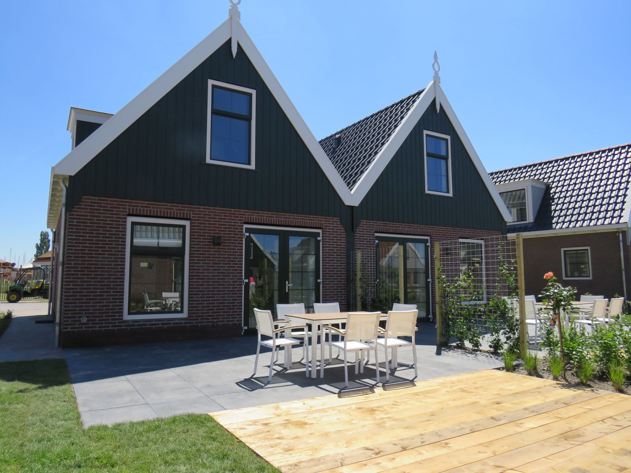 Holland | North Sea Coast North | Holiday home Resort Poort van Amsterdam | all year | TerraceBalcony