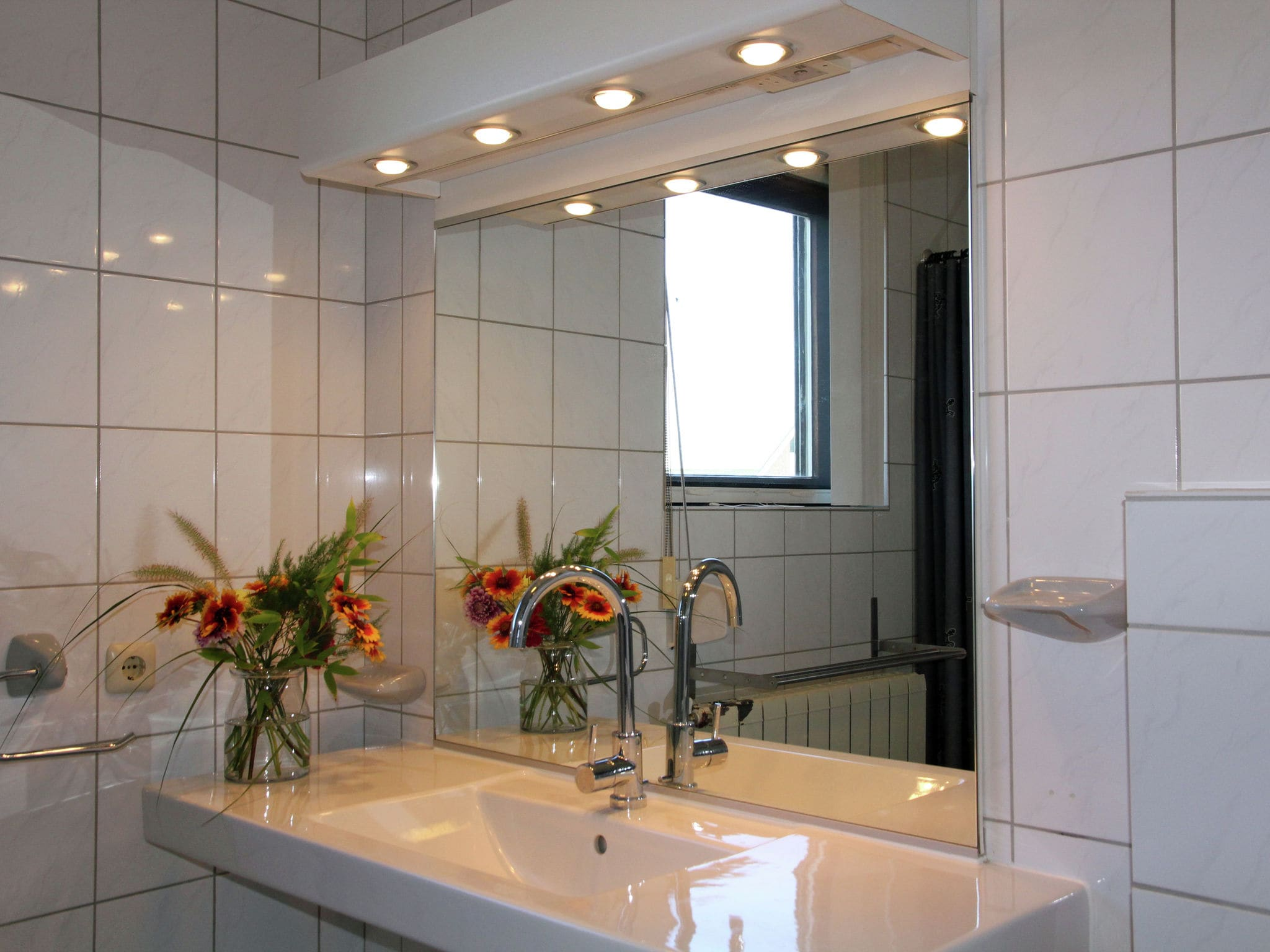 Holland | North Sea Coast North | Holiday home Kleurrijk Petten | all year | BathRoom