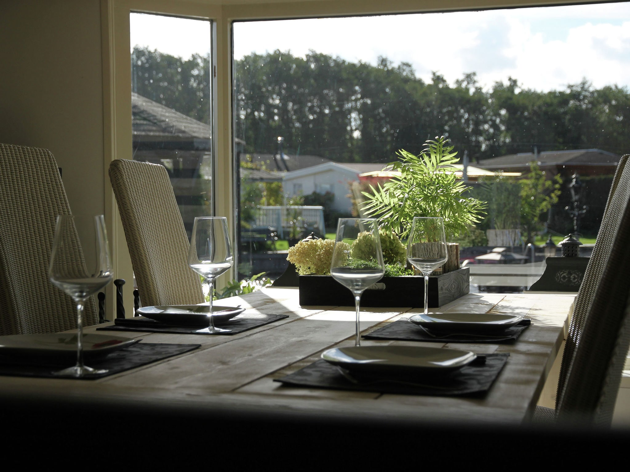 Holland | North Sea Coast North | Holiday home Waterplezier | all year | DiningRoom