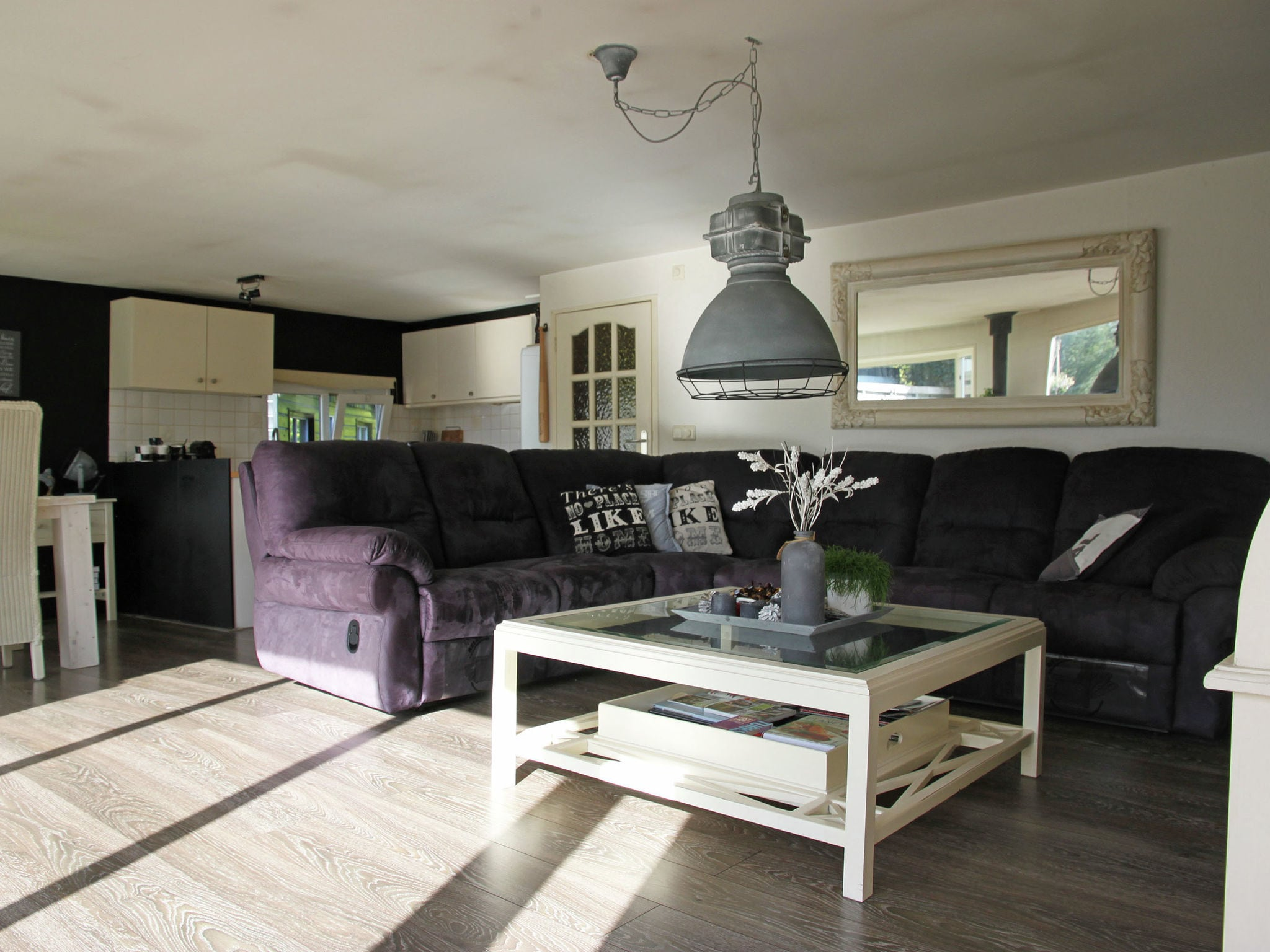 Holland | North Sea Coast North | Holiday home Waterplezier | all year | LivingRoom