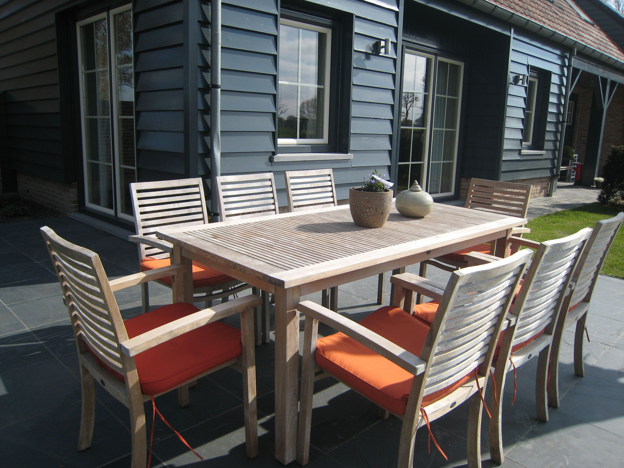 Holland | Zeeland | Holiday home Hof 't Suytsant | all year | TerraceBalcony