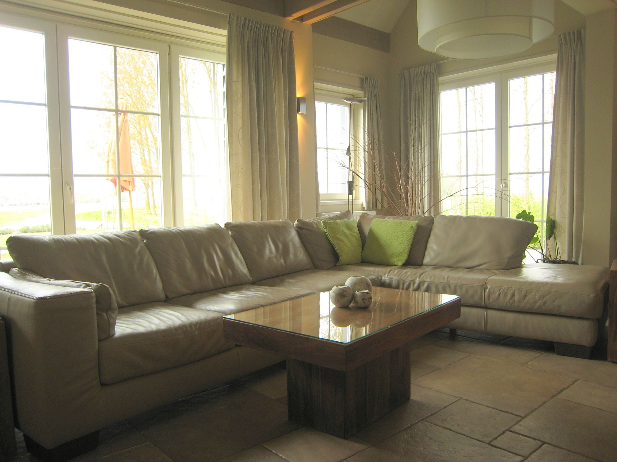 Holland | Zeeland | Holiday home Hof 't Suytsant | all year | LivingRoom