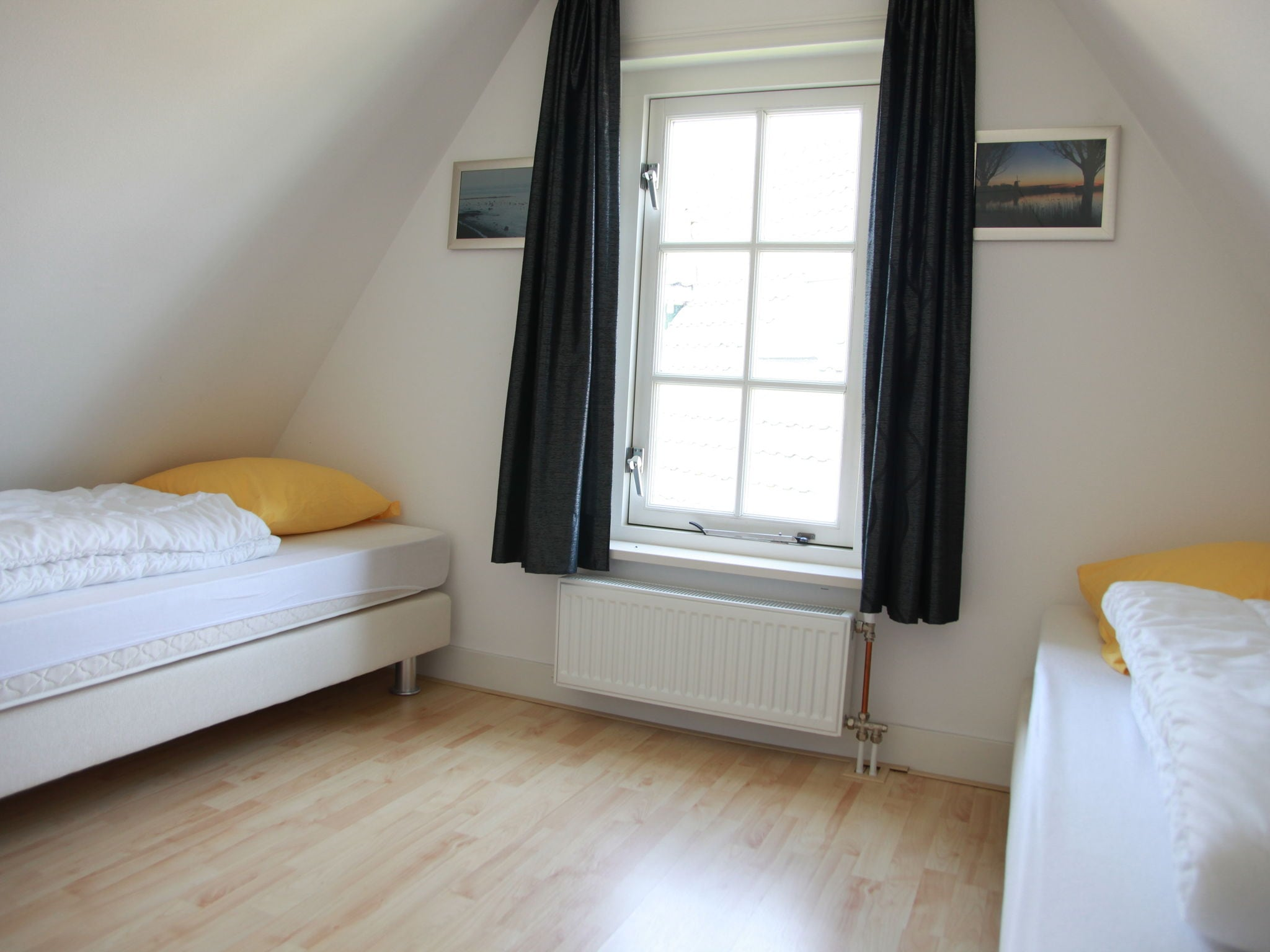Holland | North Sea Coast North | Holiday home Recreatiepark Wiringherlant - Anno Nu 5 | all year | BedRoom