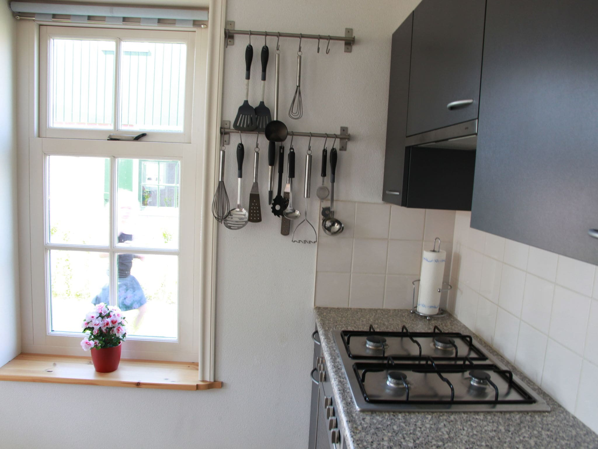 Holland | North Sea Coast North | Holiday home Recreatiepark Wiringherlant - Anno Nu 13 | all year | Kitchen