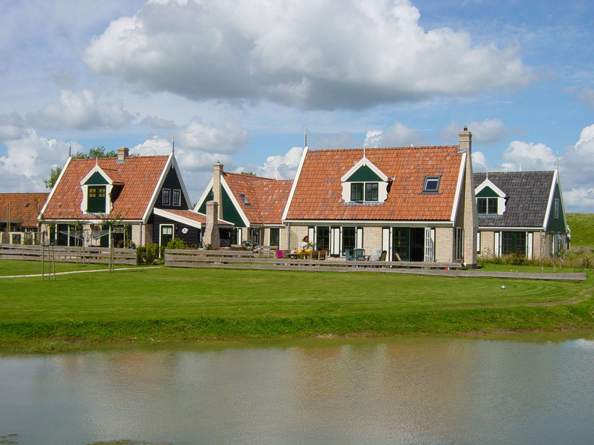 Holland | North Sea Coast North | Holiday home Recreatiepark Wiringherlant - Anno Nu 13 | all year | AreaSummer1KM