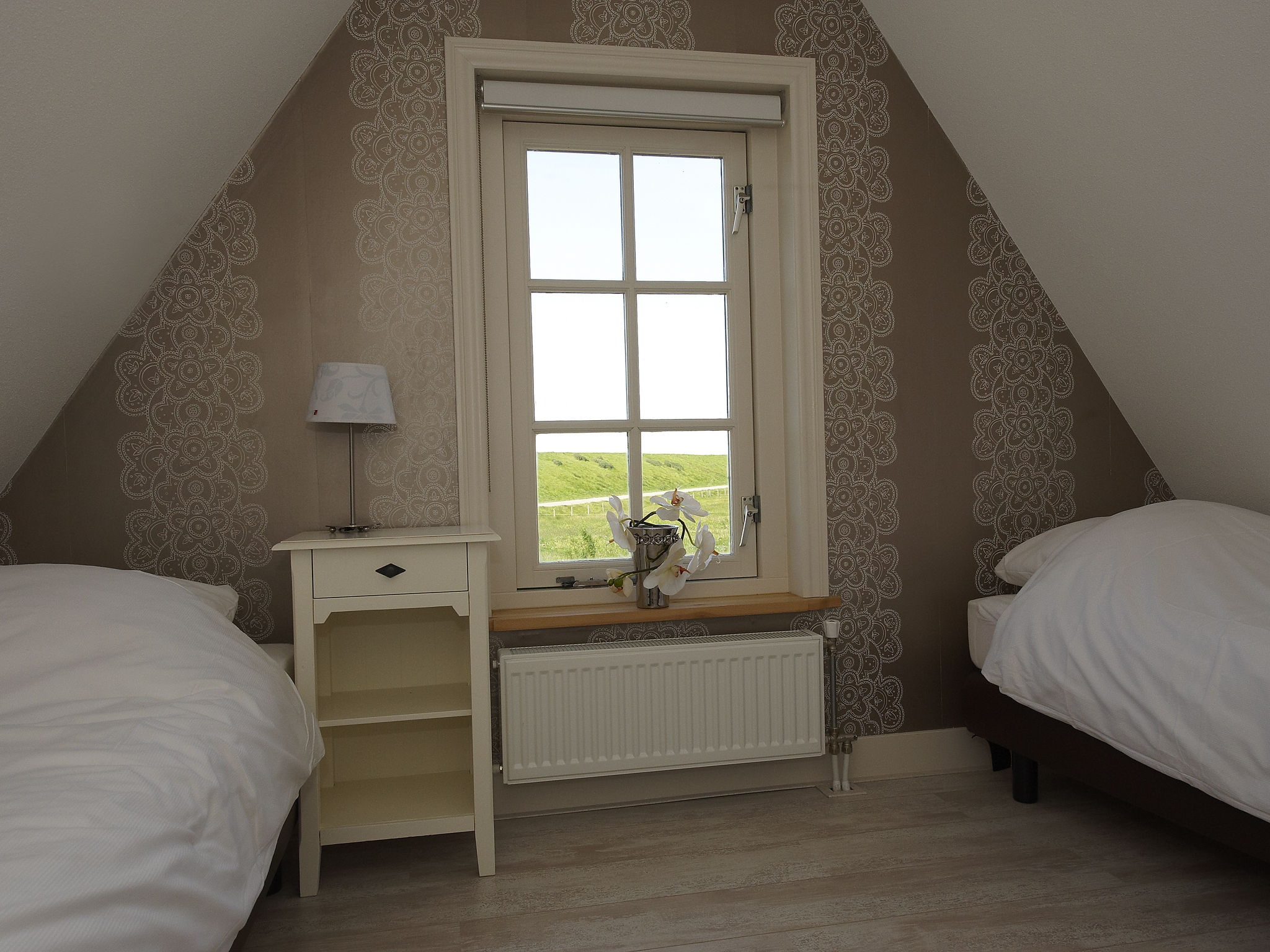 Holland | North Sea Coast North | Holiday home Recreatiepark Wiringherlant - Anno Nu 15 | all year | BedRoom
