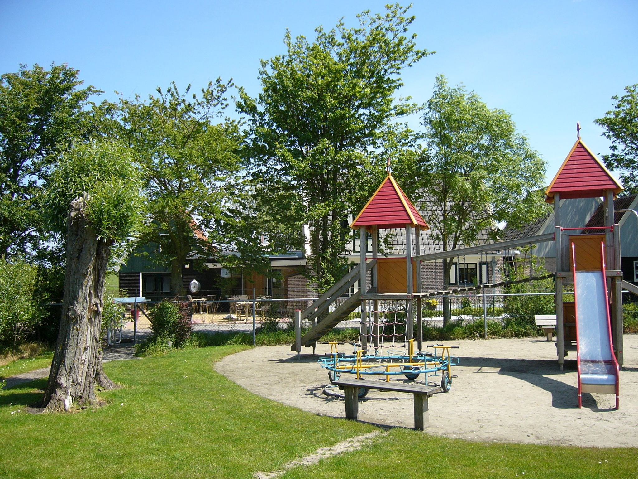 Holland | North Sea Coast North | Holiday home Recreatiepark Wiringherlant - Anno Nu 14 | all year | ParkFacilities