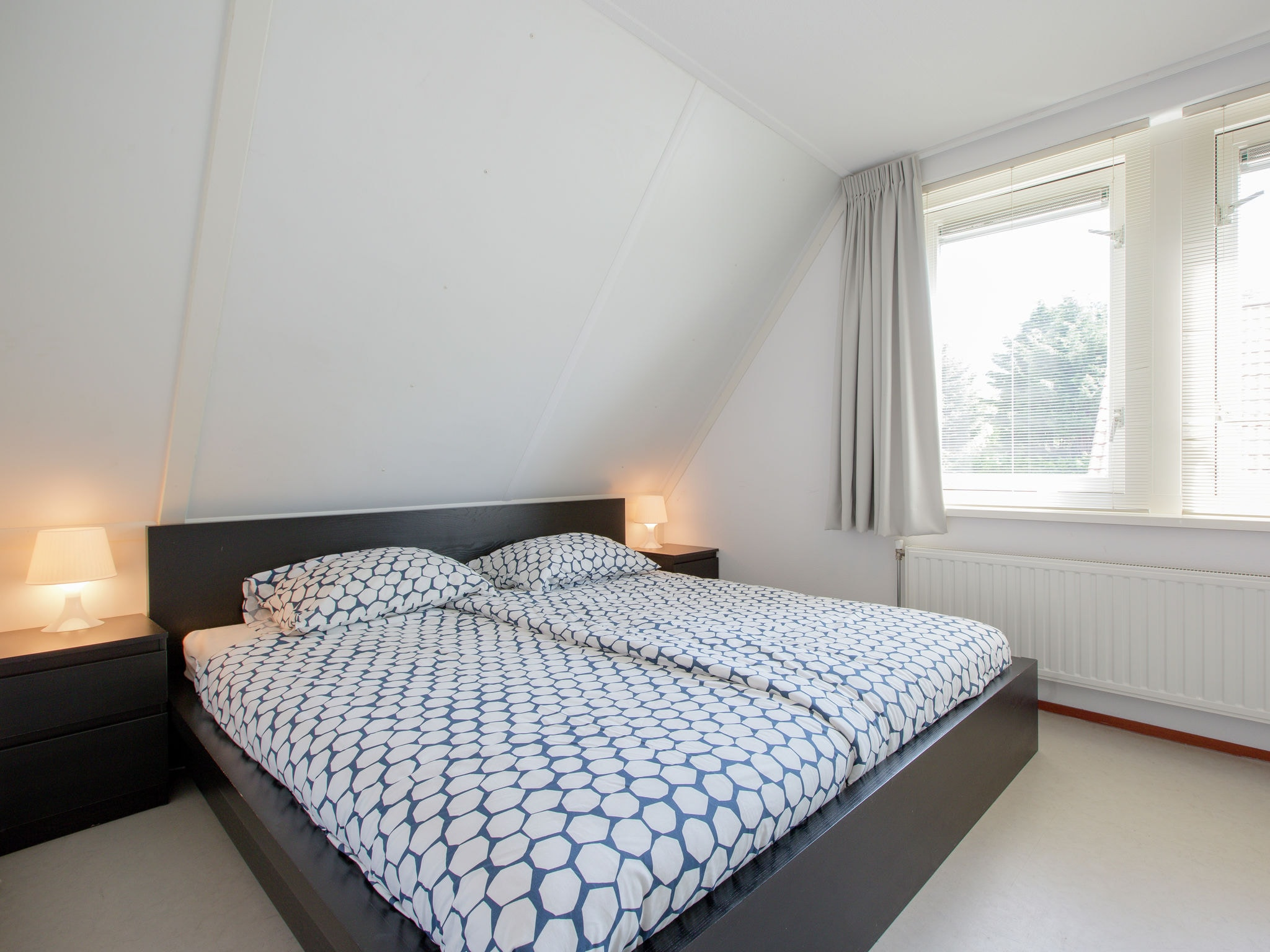 Holland | Zeeland | Holiday home De Esdoorn | all year | BedRoom