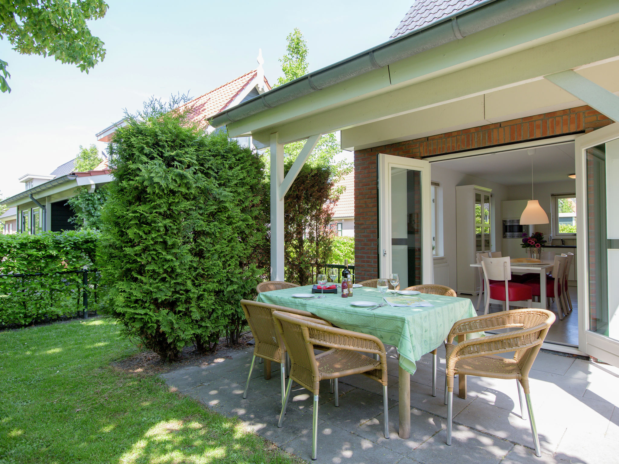 Holland | Zeeland | Holiday home De Esdoorn | all year | TerraceBalcony