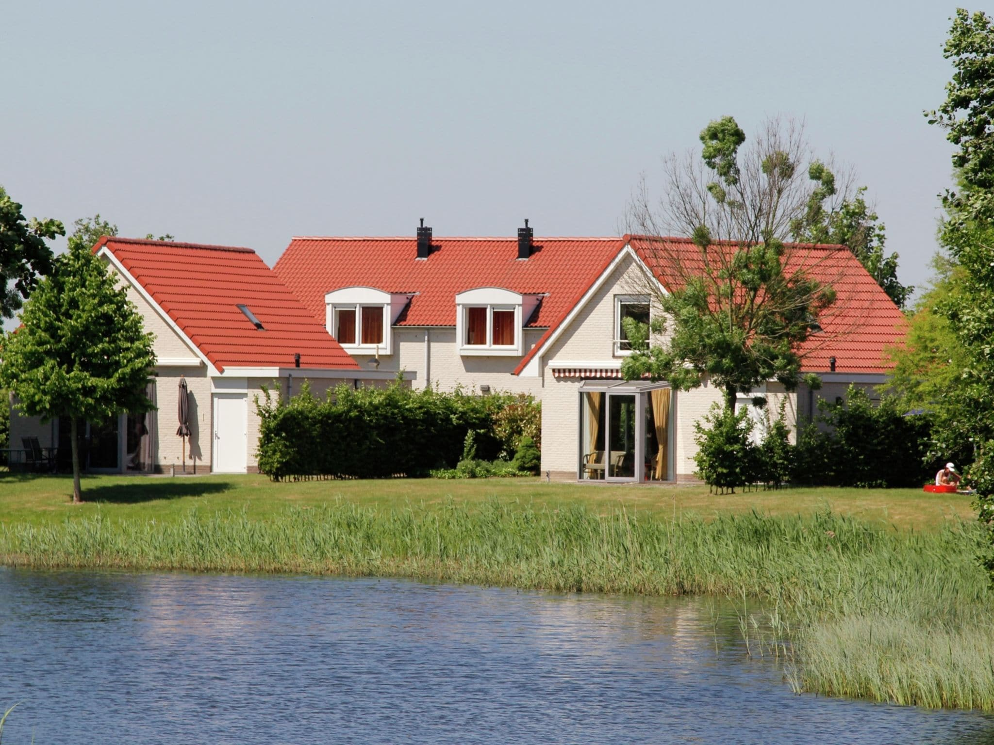 Holland | Limburg | Holiday home Maaspark Boschmolenplas - Vennenblik | all year | ExteriorSummer