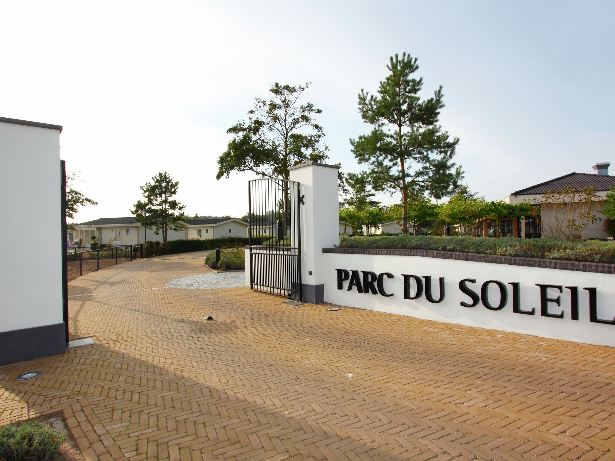 Holland | North Sea Coast South | Holiday home Parc du Soleil | all year | AreaSummer1KM