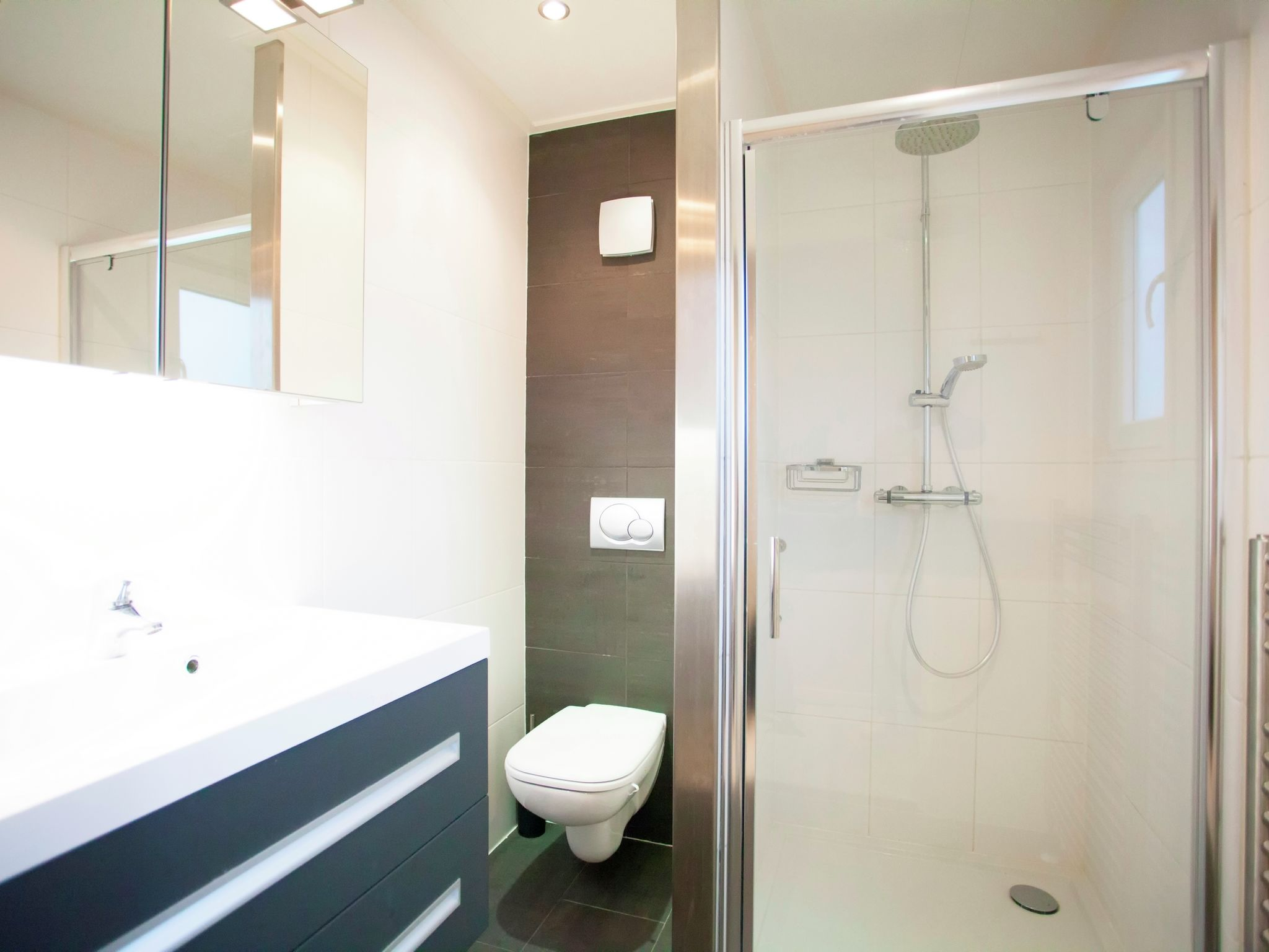 Holland | North Sea Coast South | Holiday home Parc du Soleil | all year | BathRoom