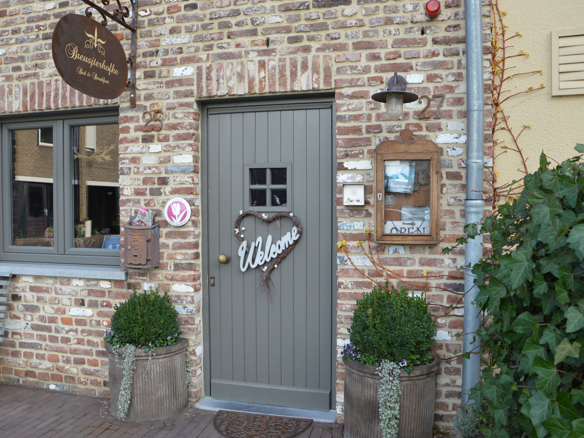 Holland | Limburg | Holiday home Hof van Breusj | all year | HallReception