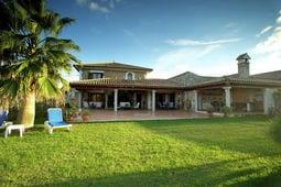 Vacation home Gamundi
