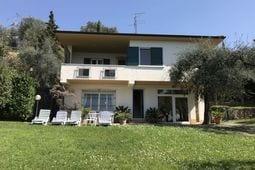 met je hond naar dit vakantiehuis in Torri del Benaco
