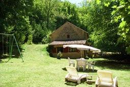 Maison avec charmant jardin