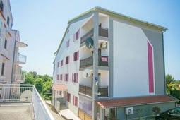 Nice Apartment Branka close to Beach in Porec
