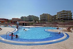 Skiper Resort 2