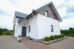 Wolnostojący dom nad Morzem Bałtyckim