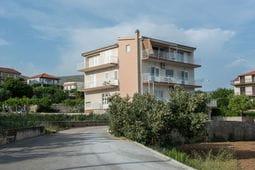 Tinas Apartment