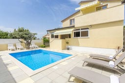 Apartment Complex Sani with Pool One-Bedroom Apartment Sani III with Balcony and Pool View