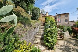 met je hond naar dit vakantiehuis in Orbicciano-Camaiore-LU