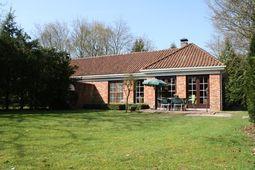 Vacation home Bungalowpark Den Beerschen Bak