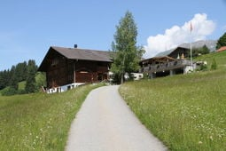 Vacation home Haus Rösti