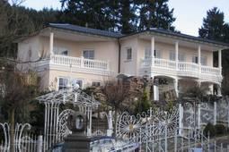 Apartment Eifelpalace IV