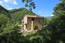 met je hond naar dit vakantiehuis in Cantiano