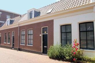 Vakantiehuizen Scheveningen EUR-NL-5700-01
