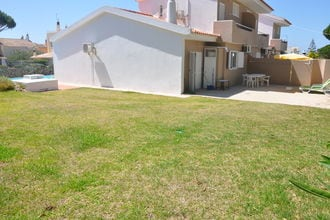 Villa Flores do Golfe 1