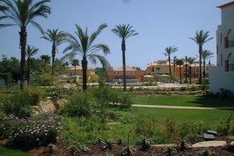 Jardim da Meia Praia 1