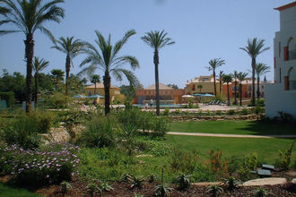 Jardim da Meia Praia 3