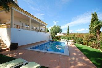 Deze vrijstaande villa ligt in de wijk monte canelos, heerlijk rustig in het prachtige achterland van de ...