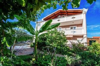Apartment Rustico