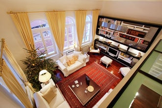 Gold Penthouse