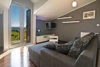 Luxury Sea View Apartment