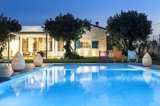 Villa Modica EUR-IT-97015-23