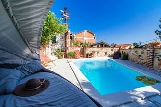 Holiday house Maslenica