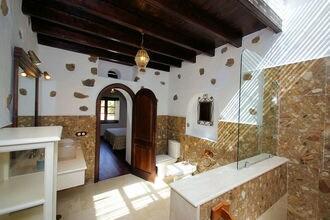 Casa Guinate