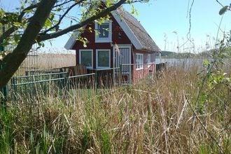Bootshaus direkt am See mit eigenem Steg
