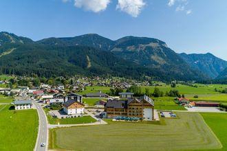 Hallstatt-Dachstein Luxury 9 Gosau