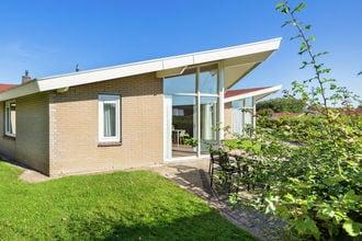 Vakantiehuis Domburg EUR-NL-4357-44